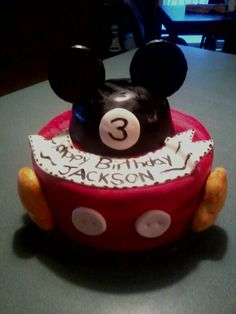 A 3rd, birthday Mickey cake. I made this myself.