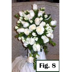 Easy step by step photo tutorials for making bridal bouquets.  Click on photo for directions.  Learn florist secrets for keeping bouquets fresh and what products they use.