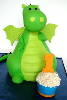 #KatieSheaDesign ♡❤ Dragon Cake