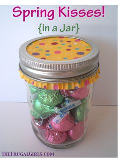 Spring Kisses… in a Jar!  {plus more sweet mason jar gift ideas!} #masonjars