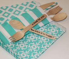 Silverware Bags in pretty stripes for holding your eating untensils, makes a pretty party presentation...♥