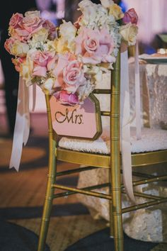 Love the bride's chair display! {Villetto Photography}