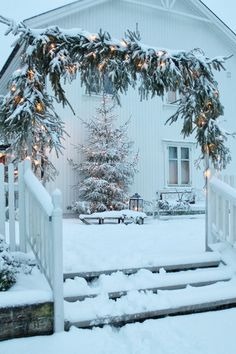 christmas time, snow, winter wonderland, white christmas, vermont, light, christmas swags, front porches, outdoor christmas
