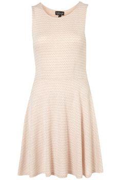 suddenly I'm into dresses- pretty feminine dresses