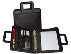 Good coupon organizer option with retractable carrying handles