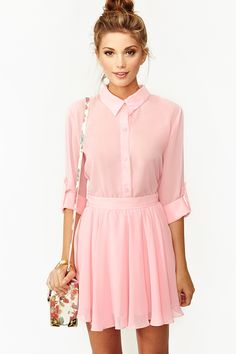 pretty in pink in the Camille Blouse from #NastyGal