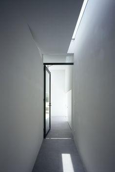 MUR House / Apollo Architects & Associates