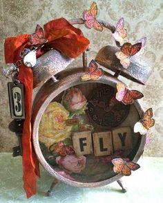 Yvonne Blair: CC3C #10 - Assemblage Clock