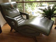 Vintage Contura Chaise...oh la la!