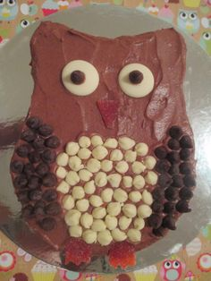 Laws of the Kitchen: Owl Cake for Waitangi Day