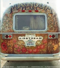 more of the Magnolia pearl airstream...gorgeous backdrop idea