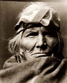 Old Indian Warrior  © Edward S. Curtis