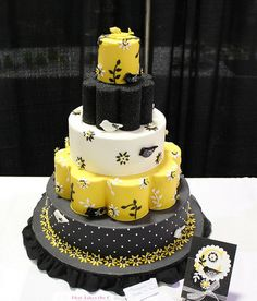 Black and yellow couture cake.