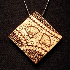 Shell Design Pyrography PendantFrom PaulaGail    Lovely tips on pyrography given in description