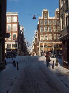 The Jordaan-markets Saturdays and Mondays