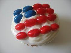 flag cupcak, graduation cupcakes, juli cupcak