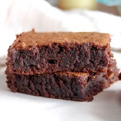 Gooey, Chocolaty Brownies- this is my favorite brownie recipe! I make these all the time and everyone loves them.