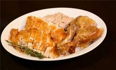 Video: How To Carve A Thanksgiving Turkey #turkey #thanksgiving