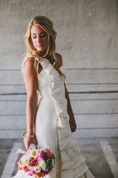 Coren Moore Bridal #gown- photo by Jackie Wonders - http://ruffledblog.com/modern-san-diego-wedding/