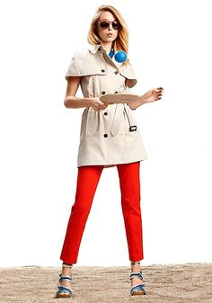 Cute spring look! Sleeveless trench and ankle pants.