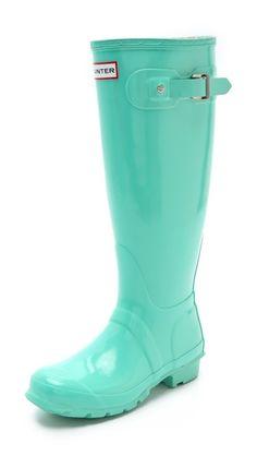 mint hunter boots!