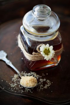 Homemade vanilla extract & sugar