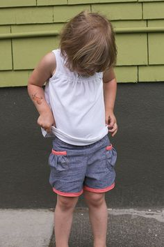 Oliver + S puppet show shorts by supergail, via Flickr