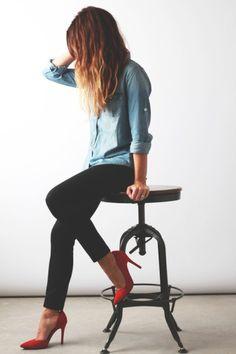 wardrobe basics, fashion styles, black skinni, red shoes, outfit, denim shirts, red heel, chambray, black pants
