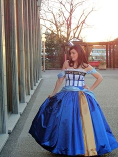 Doctor Who Tardis Ball Gown. Anna, I think the USAFA dress approval committee would allow you to change your mind for this one. ;)