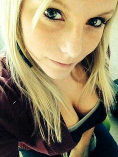 http://selfiesmania.com #boobs #cleavage #hottness #busty #flbp #selfie