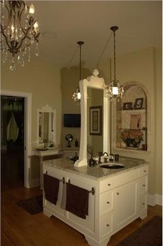 Transitional (Eclectic) Bathroom by Ashley Campbell