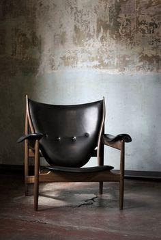Sweet!!! Finn Juhl cheiftan chair -- Danish, mid century modern, black leather on wood lounge chair.