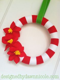 DIY Poinsettia Felt Flowers {on Striped Yarn Wreath}