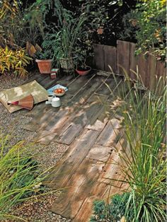 Old Railroad Ties Used for Rustic Pathways - Home and Garden Design Idea's