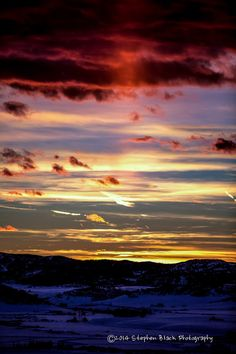 ~~Steamboat Springs sunset, Colorado by Stephen Black~~