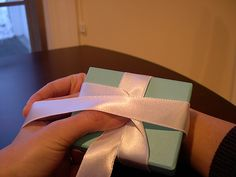 How to tie Tiffany bow (no knots)--Love this for that bow that just slips off the box!