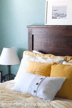 Free detailed plans to #DIY this #rustic #wood #headboard - only cost about $50 in wood!