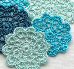 crochet flower/doily - Gerepind door www.gezinspiratie.nl #haken #haakspiratie #knutselen #creatief #kind #kinderen #kids #leuk #crochet