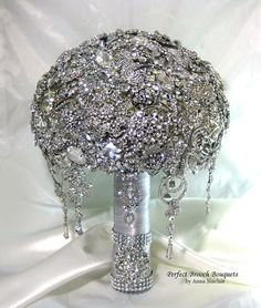 Diamond Brooch Wedding Bouquet