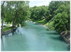New Braunfels, Texas...one of my favorite places!!