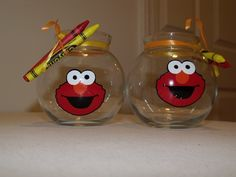 Elmo fish bowl with crayons