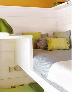 Triple Bunk Bed. How cool.