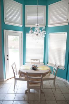 Teal Kitchen...pretty color