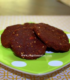 Soft chocolate goji berry raw cookies: calls for, carrot pulp, raw agave, sesame seeds, raw almonds, wheat germ, flax seeds etc.