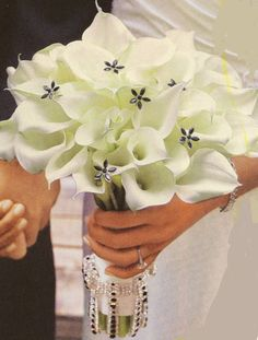 gorgeous calla lily bouquet with a little bling