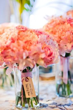 Coral-colored wedding bouquets