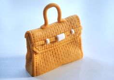 How to Make Fondant Designer Bag Cupcake Toppers