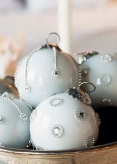 Northern Light: White Christmas Ornaments