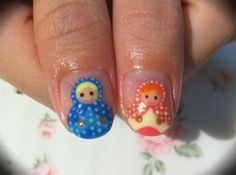 Matroyshkas (nesting dolls)    Would love having these!!