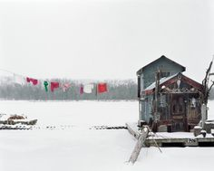 clotheslines, minnesota, winter cabin, alec soth, houseboats, mississippi river, art, clothes lines, photographi